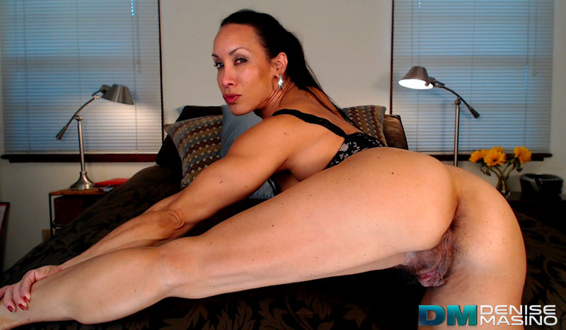 DeniseStretchCam6